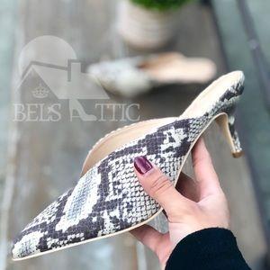 Shoes - LAST1♥️Vegan Suede Snake Print Pointed Kitten Heel